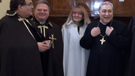 Con il vescovo in sagrestia