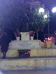 Cicciano8 - La statua di Padre Pio a Cicciano