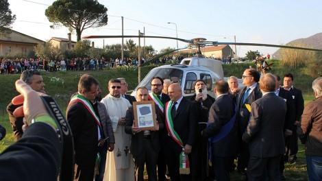 San Tommaso1 - Arrivo delle reliquie in elicottero
