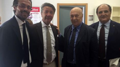 Il Priore Giovanni Pimpinella il direttore Gianni Mozzillo con Paolo Mieli - Il priore e il direttore degli Araldi insieme a Paolo Mieli