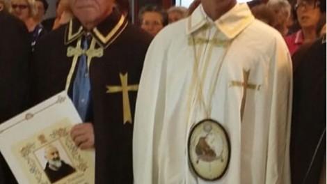 Il priore insieme a Pietro Vigorelli