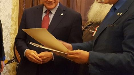 Grasso4 - Al senato con l'ex presidente Grasso, il direttore Gianni Mozzillo e Padre Riccardo