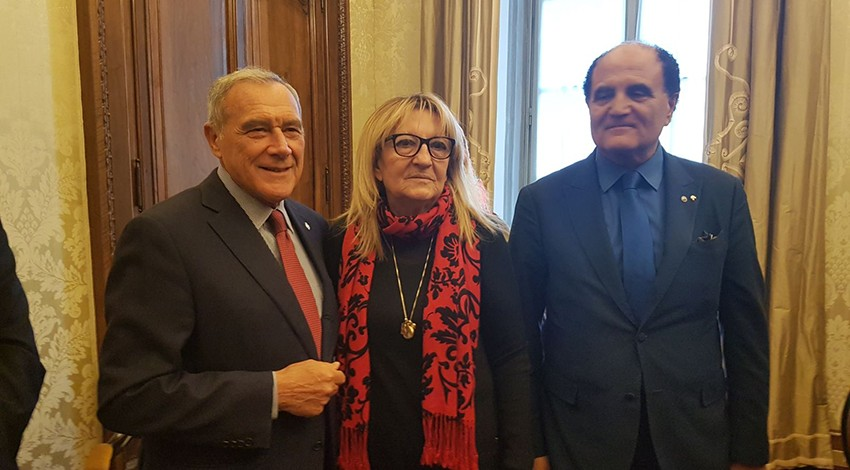 Al senato l'ex presidente  Grasso con il direttore Mozzillo e Raffaella Di Molfetta