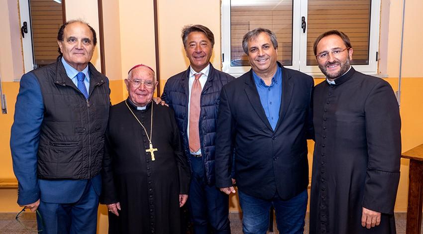 I vertici degli Araldi con il Vescovo mons. Zerrillo